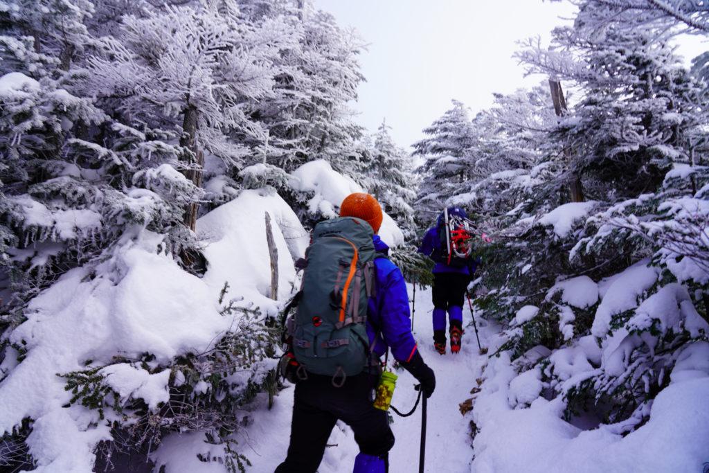 厳冬期・天狗岳・第一展望台から第二展望台へ