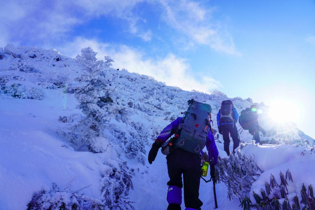 厳冬期・天狗岳・西天狗への最後の登り
