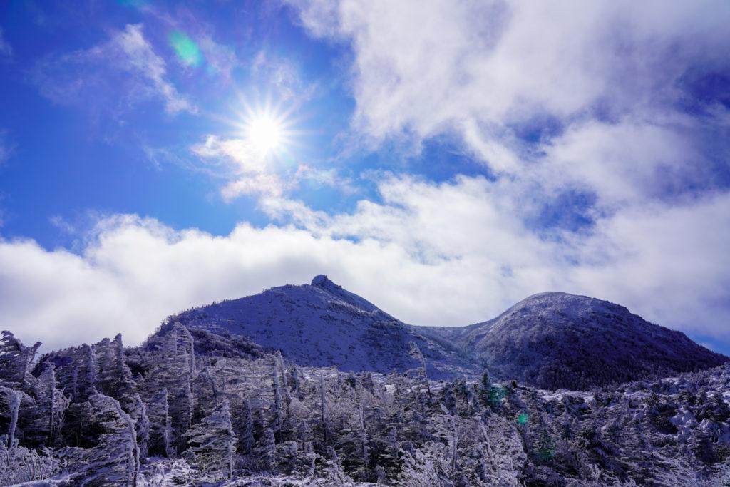 厳冬期・天狗岳・青空の天狗岳