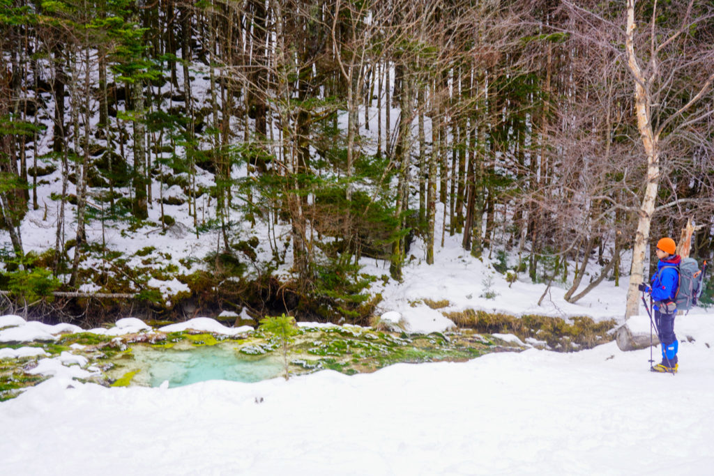 厳冬期・天狗岳・唐沢鉱泉の源泉