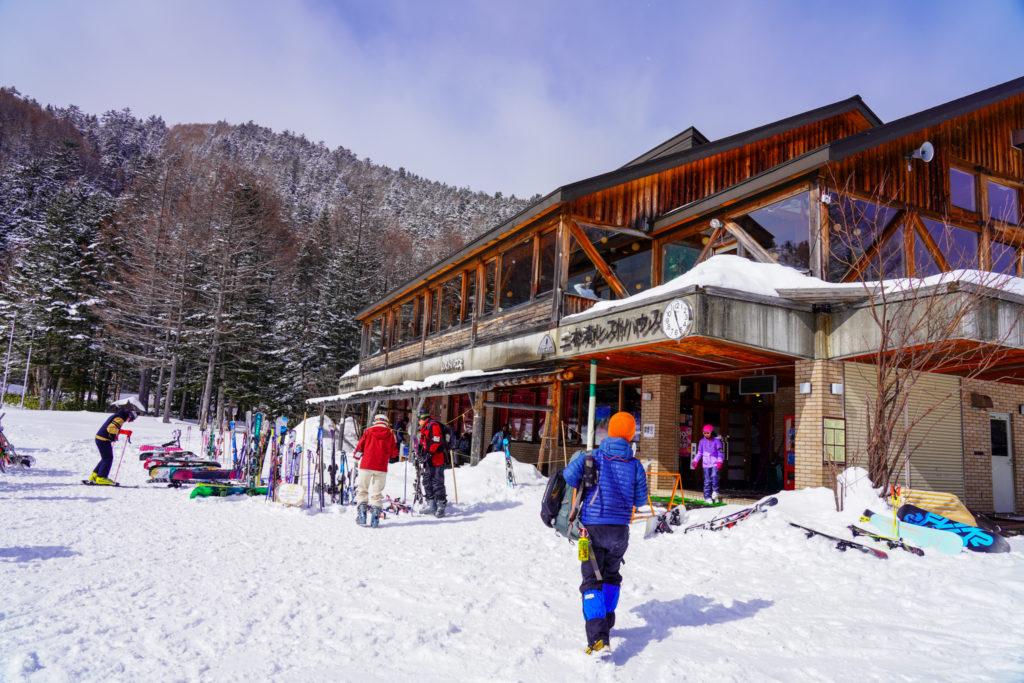 厳冬期・乗鞍岳・三本滝レストハウス
