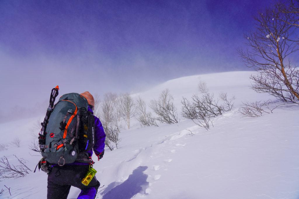 厳冬期・乗鞍岳・トレースについていく