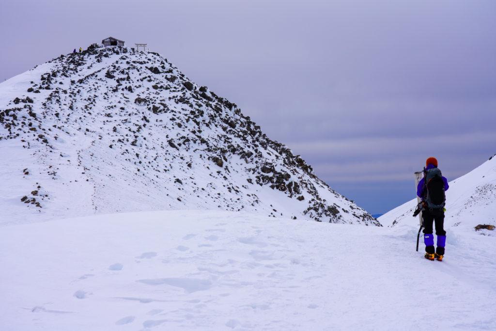 厳冬期・乗鞍岳・蚕玉岳山頂