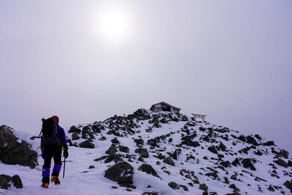 厳冬期・乗鞍岳・剣ヶ峰ビクトリーロード