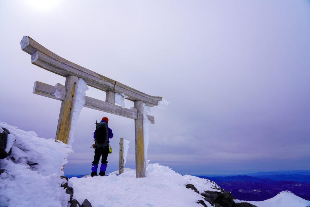 厳冬期・乗鞍岳・剣ヶ峰山頂