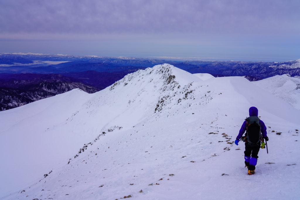 厳冬期・乗鞍岳・下山を開始