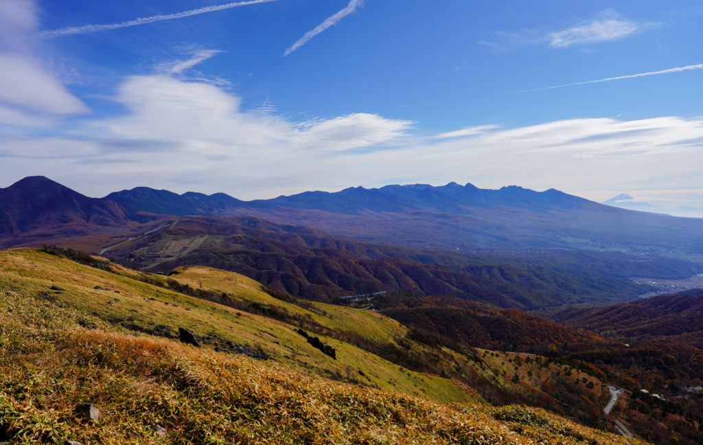 霧ヶ峰・霧ヶ峰高原車山山頂からの展望、八ヶ岳を一望す2