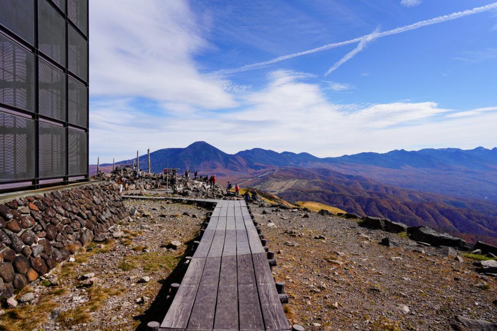 霧ヶ峰・車山山頂の木道