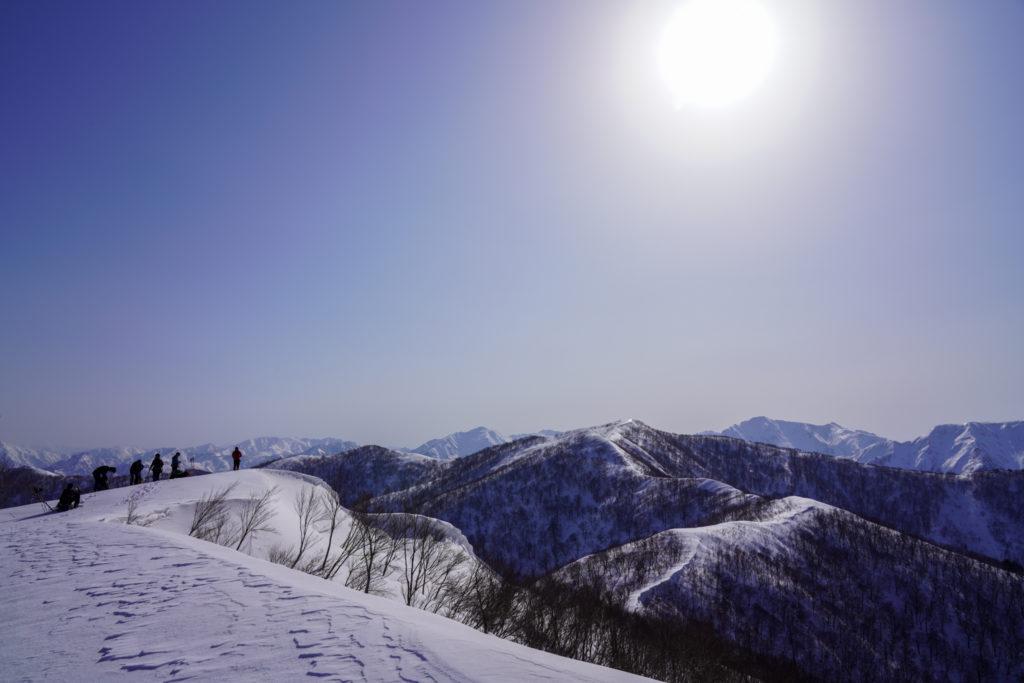 残雪期・東谷山・日白山・もう少しで東谷山山頂