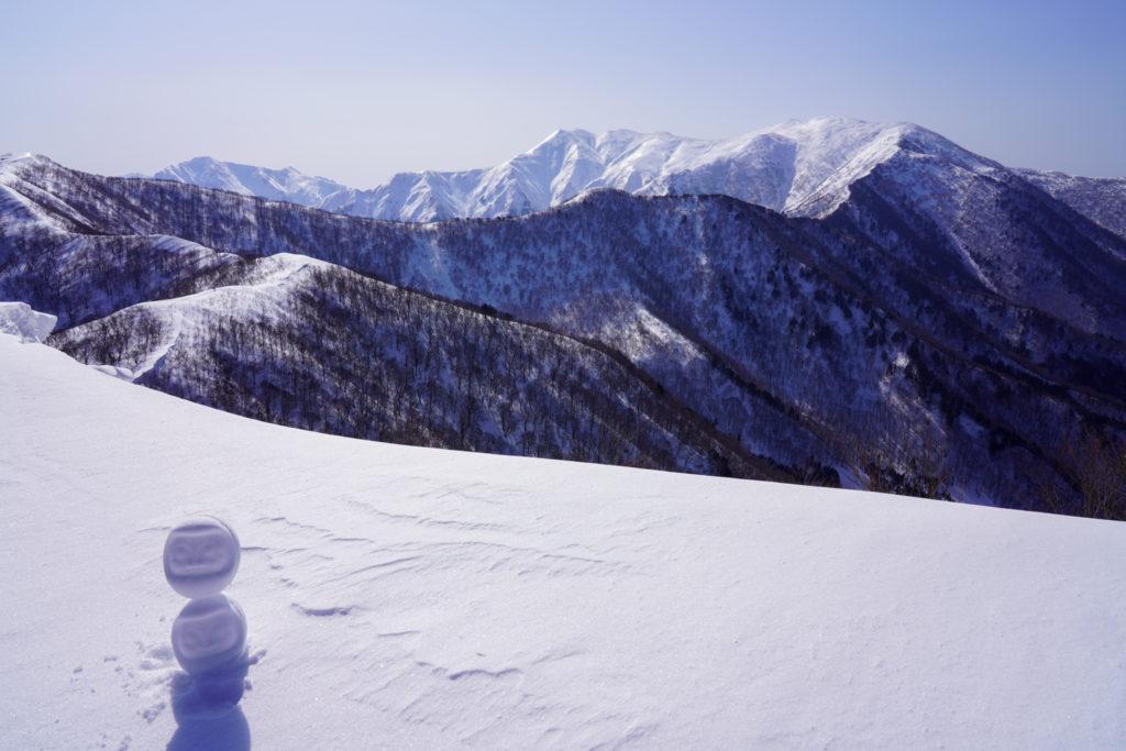 残雪期・東谷山・日白山・雪だるま×2