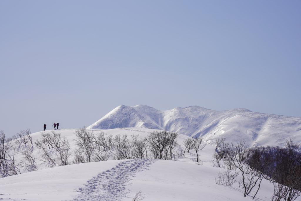 残雪期・東谷山・日白山・平標に近づいて行く