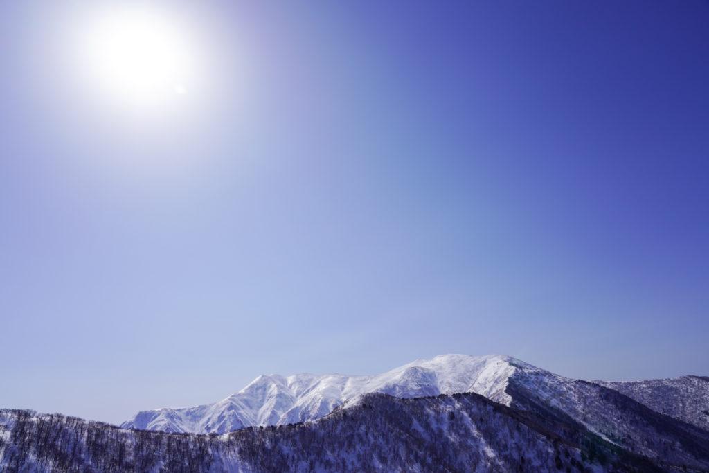 残雪期・東谷山・日白山・快晴の平標山・仙ノ倉山