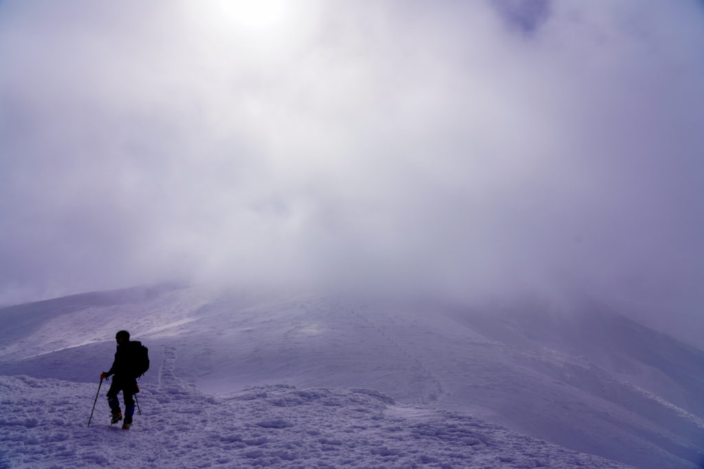残雪期・蔵王山(熊野岳・刈田岳)・地蔵山から熊野岳へ