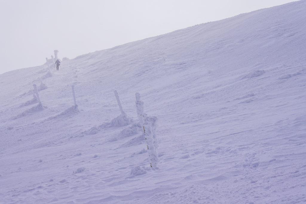 残雪期・蔵王山(熊野岳・刈田岳)・再びの虚無、氷の柱に導かれて
