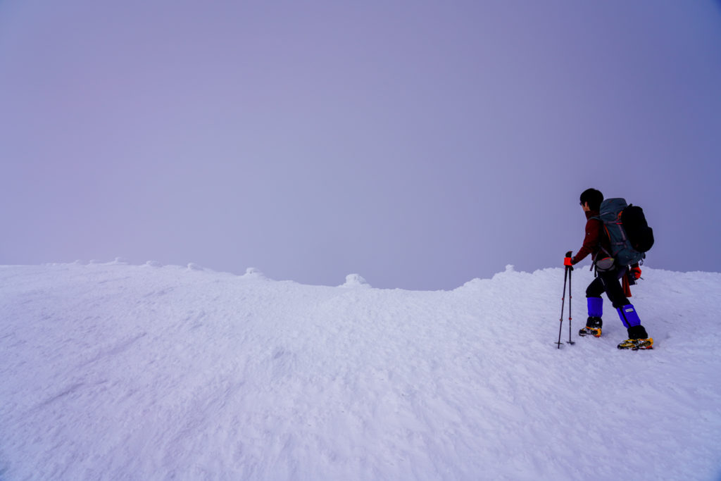 残雪期・蔵王山(熊野岳・刈田岳)・熊野岳山頂へ