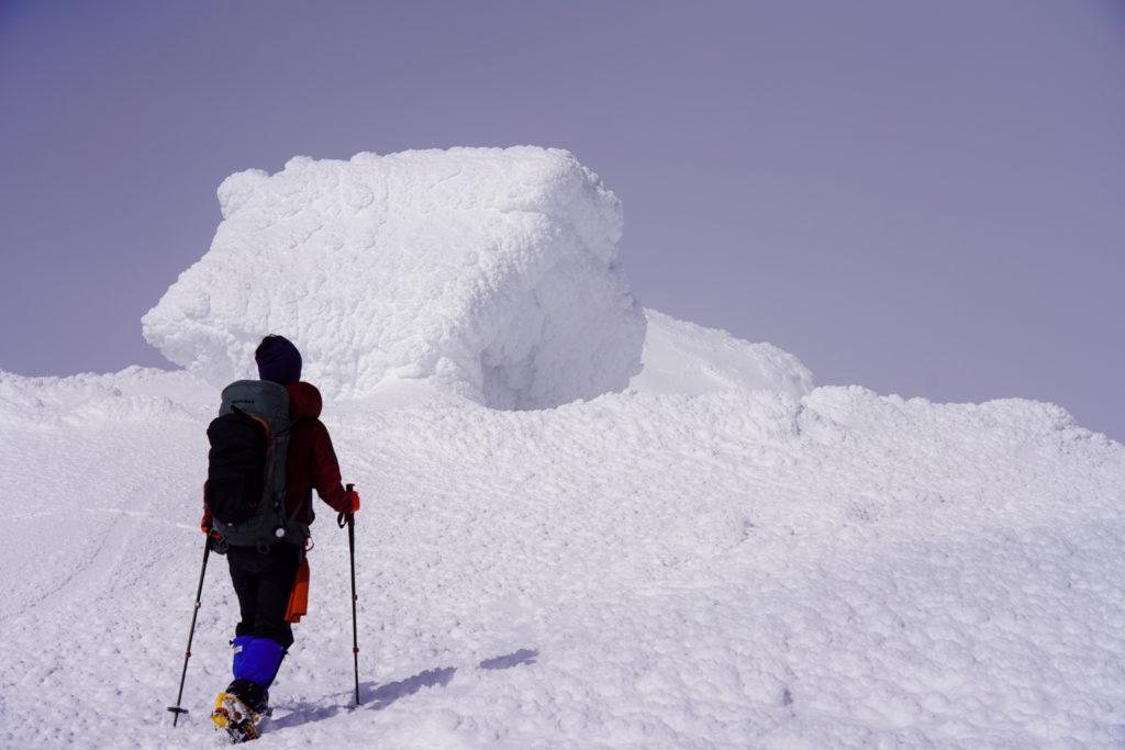 残雪期・蔵王山(熊野岳・刈田岳)・蔵王神社