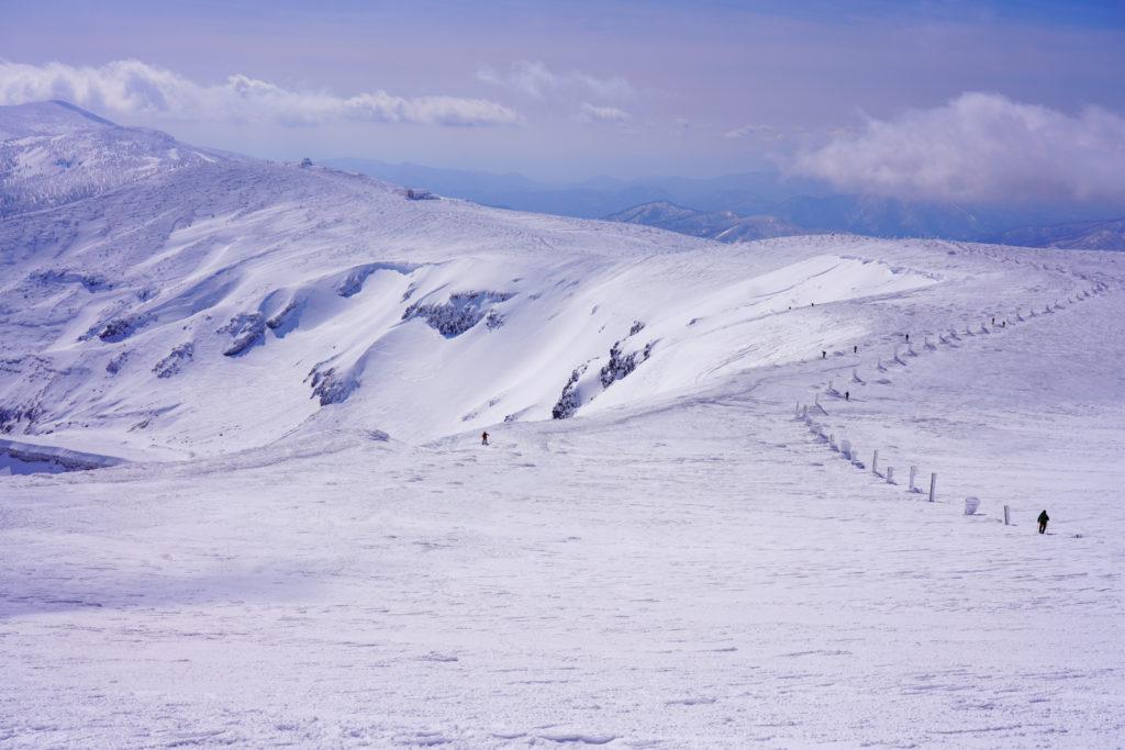 残雪期・蔵王山(熊野岳・刈田岳)・馬の背から刈田岳へと