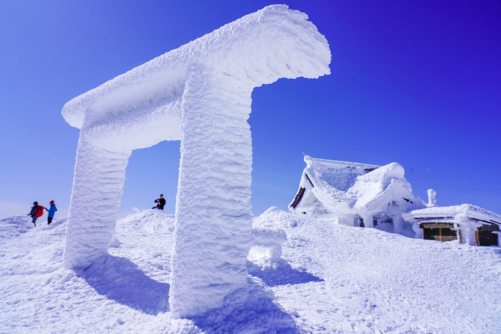 残雪期・蔵王山(熊野岳・刈田岳)・刈田岳山頂