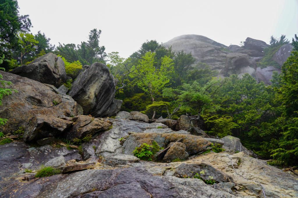金峰山・大日岩