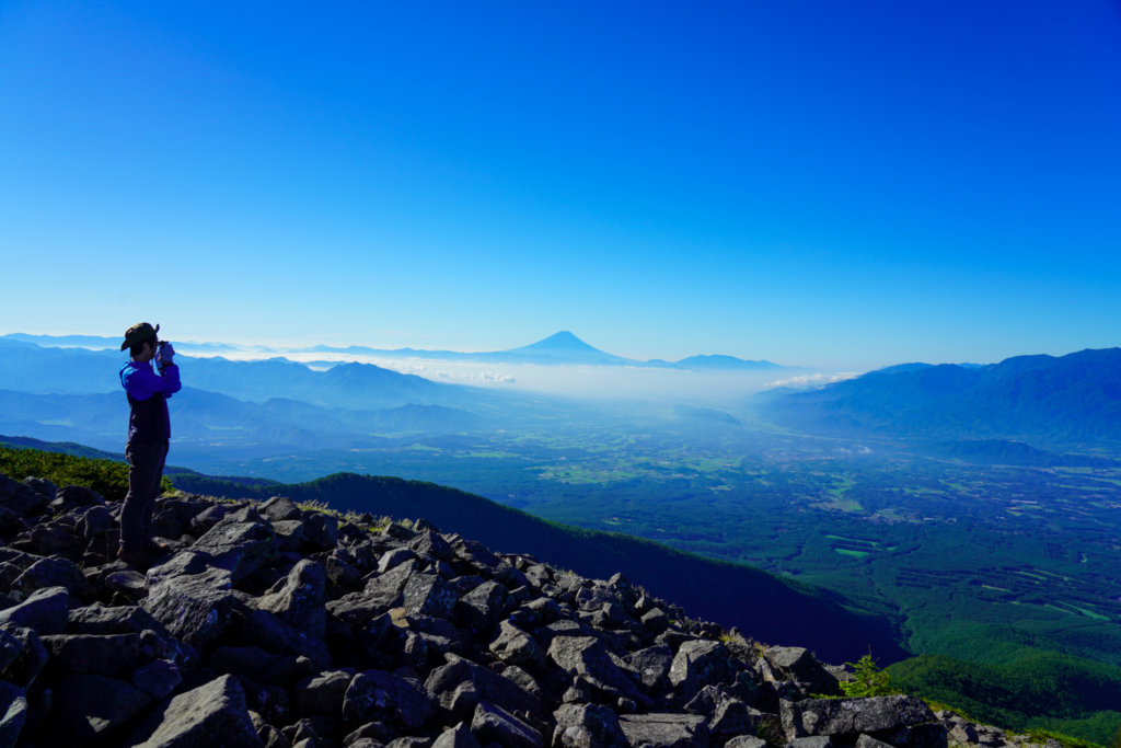 編笠山・権現岳・三ツ頭・編笠山山頂からの富士