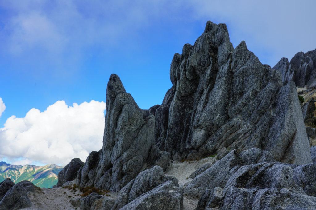 燕岳・花崗岩の奇石